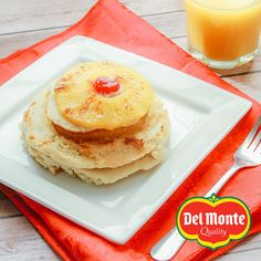 Wake up in the morning surrounded by the aroma of these healthy pineapple pancakces.   Ingredients:  – ½ cup butter, divided (¼ cup melted) – ½ cup brown sugar – Half a Del Monte Gold Extra Sweet Pineapple, sliced  – 2-½ cups all-purpose flour – 2 tablespoons baking powder – 2 tablespoons baking soda – ¼ teaspoon kosher salt – 2-½ cups whole milk – ½ cup granulated sugar – ¼ teaspoon pure vanilla extract – Maraschino cherries