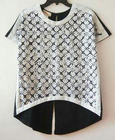Batik black-white shirt with short sleeve Batik Kebaya, Kebaya Dress, Blouse Batik, Batik Dress, Batik Fashion, Abaya Fashion, Batik Pattern, Unique Clothes For Women, Kurti Neck Designs