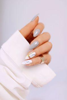 25 Marble Nail Design with Water & Nail Polish 2 - Marble Nails for You - Nageldesign Marble Nail Designs, Marble Nail Art, Nail Art Designs, Red Nails, Hair And Nails, Chrom Nails, Water Nails, Nail Polish, Pin On