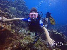 Great moment when a kid smiles underwater ...  #scuba #diving #duiken #fun #duikeninbeeld #scubadiving #relaxedguideddives #curacao #fun #tauchen