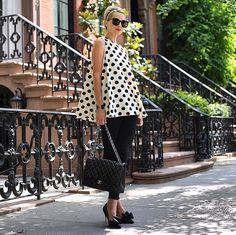 Perfect for summers Blair Eadie, Swing Top, Karen Walker, Parisian Style, Chanel Boy Bag, Style Icons, Summer Outfits, Style Inspiration, Stylish