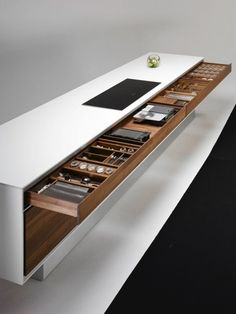 Storage | Urban Home Living | Modern Minimalist Interiors | Contemporary Decor Design #inspiration #nakedstyle Modern Storage Furniture, Diy Furniture, Team 7, Solid Wood Kitchens, Wooden Kitchen, Cool Kitchens, Modern Kitchens, Island Design, Display Homes