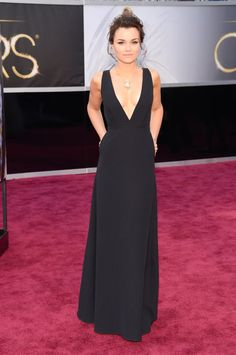 Samantha Barks l Red Carpet Oscars 2013