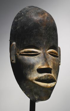 Dan Deangle mask, Ivory Coast via Sotheby's African Masks, African Art, Liberia, Art Tribal, Bird Masks, Art Premier, Cool Masks, Art Sculpture, Masks Art