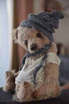 Teddy bear Lucas By Evgeniya Sidorenko - Bear Pile