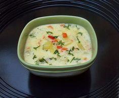 Ciorba cu dovlecei si iaurt Romanian Food, Cheeseburger Chowder, Good Food, Food And Drink, Soup, Recipes, Keto, Travel, Food