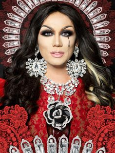 Queen Manila the First...runner-up photo by Marcelo Cantu