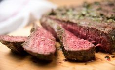 An easy Grilled Marinated London Broil recipe that can be prepared in 45 minutes or less but requires additional unattended time. Easy London Broil Recipe, London Broil Recipes, London Broil Marinade, London Broil Steak, Elk Meat Recipes, Cooking Recipes, Venison Recipes, Game Recipes, Grilling Recipes