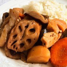 O Nishimê é uma comida caseira tradicional japonesa que é servida quando a família se reúne. O sabor é delicioso, com aroma de peixe e levemente adocicado.