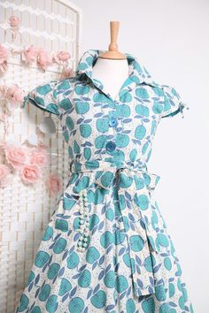 Love everything about this frock!
