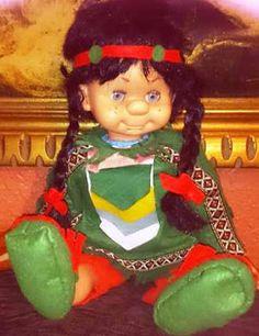 Yo fuí a EGB .Los años 60's y 70's.Los juguetes para niñas de los años 60 y 70. |yofuiaegb La EGB. Recuerdos de los años 60 y 70. Memories of 60's and 70's. Vintage Toys, Ronald Mcdonald, Nostalgia, Christmas Ornaments, Holiday Decor, Fictional Characters, Old Fashioned Toys, Dolls Dolls, China Dolls