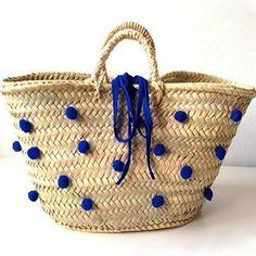 My Bags, Purses And Bags, Beach Basket, Painted Baskets, Diy Sac, Boho Bags, Basket Bag, Summer Bags, Knitted Bags
