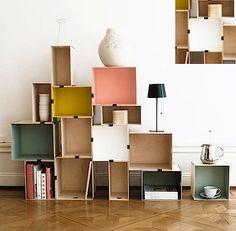 Idée déco - des étagères colorées