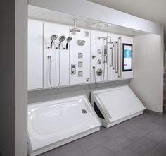 Plumbing showroom designs google search sanitaryware showroom display showroom design for Studio41 home design showroom southside chicago