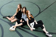 Girls for Bricks Magazine by Takeuchis - Models: Jaqueline Datsch/Natália Mallmann/Victória Schons