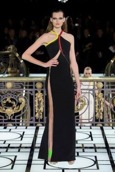 Versace's Grand Electric Couture Collection / Photo Courtesy of Versace