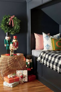 Sohr Kids Bedroom Decorated for Christmas