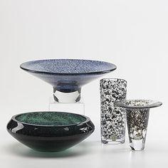 Johansfors flaring vase, ovoid vase and low bowl next to a Bo Borgstrom piece Art Decor, Home Decor, Decorative Bowls, Glass Art, Mid Century, Vase, Vintage, Design, Decoration Home