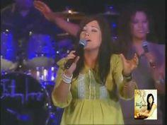 Digno y Santo (Revelation Song) Kari Jobe -Español- - YouTube