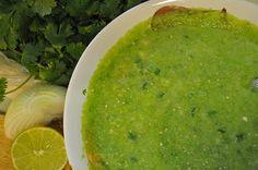 INGREDIENTES ½ taza de aceite vegetal ¼ de taza de vinagre 1 cucharada de jugo de limón 1 cucharada de perejil finamente