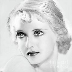 "Old Hollywood Beauty Secrets You Won't Believe Bette Davis, ""Hollywood always wanted me to be pretty, but I fought for realism.""Bette Davis, ""Hollywood always wanted me to be pretty, but I fought for realism. Hollywood Stars, Hollywood Icons, Old Hollywood Glamour, Golden Age Of Hollywood, Vintage Hollywood, Hollywood Actresses, Classic Hollywood, Hollywood Divas, Classic Movie Stars"
