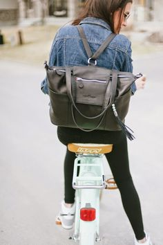 I'll admit, I've never been a diaper bag lover. While I was pregnant with Ellia, I remember searching the web and in stores to find the per...