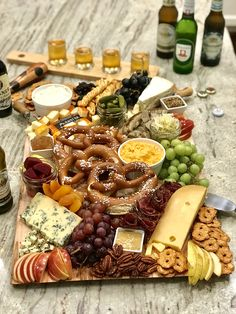 Live like you& at Octoberfest with this amazing Octoberfest Snack Board! It& covered in a tasty selection of German-inspired snacks like sliced bratwurst, sauerkraut, soft pretzels, regional cheese Charcuterie Recipes, Charcuterie And Cheese Board, Charcuterie Platter, Cheese Boards, Party Food Platters, Food Trays, Cheese Platters, Snack Trays, Party Snacks