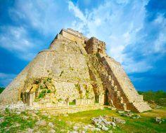 ¿Sabias Que? Cobá, Tulum, Uxmal y Chichen Itzá son las más famosas de todas las zonas arqueológicas que nos dejó la gran civilización maya en la Península de Yucatán. ¡Si quieres conocer este y otros lugares de la Riviera Maya vacacionescancun.com te da la oportunidad de conocerlas mientras estás en Cancún - México!