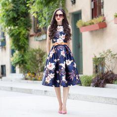 Piękna sukienka w kwiaty!