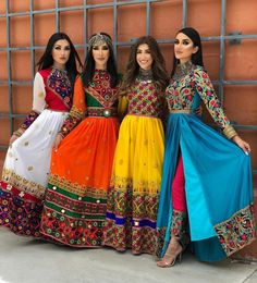 indian fashion Suits -- Click above VISIT link for more details Indian Gowns, Indian Attire, Pakistani Dresses, Indian Outfits, Garba Dress, Navratri Dress, Afghani Clothes, Indie Mode, Afghan Dresses