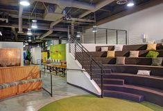 4 Cool Office Spaces That Foster Creativity - BusinessBee