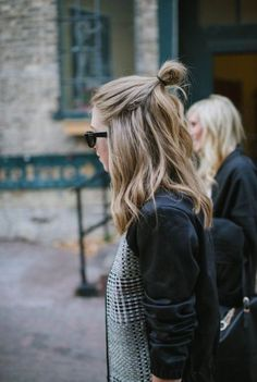 hair inspiration // half up top knot