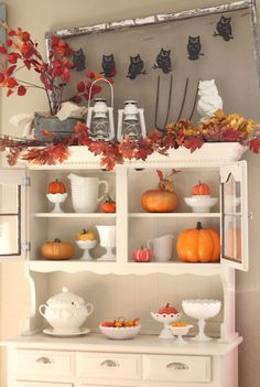 Transition milkglass through the seasons by mixing with other decorations