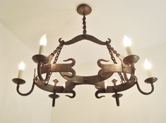 Stunning vintage wrought iron chandelier French farmhouse light quality fixture Wrought Iron Chandeliers, French Chandelier, Wall Lights, Ceiling Lights, Diy Store, Farmhouse Lighting, French Country Style, French Farmhouse, Lampshades