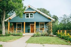 This is my favorite episode (so far) of Fixer Upper -- Season 2 Episode 1 -- a new couple starting out with a home and business that shows their best selves --