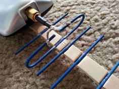 Check Out This DIY Antenna That Will Extend Range and Increase Communication Ham Radio Antenna, Wifi Antenna, Diy Electronics, Electronics Projects, Radios, Tv Hacks, Electronic Packaging, Wifi Extender, Radio Wave