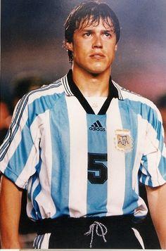 Matias Almeyda - Argentina World Football, Football Soccer, Football Players, Messi, Argentina Football Team, Fifa, Football Mexicano, Most Popular Sports, Kids Playing