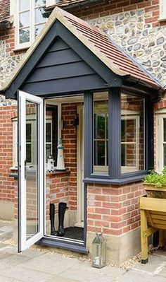 20 Awesome Oak Front Door So Your House Looks Simple But Beautiful Front Door Steps, Oak Front Door, Porch Kits, Porch Ideas, Pergola Ideas, Door Ideas, Veranda Design, Front Porch Design, Front Porches