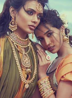 Mayil :: Khush Mag - Asian wedding magazine for every bride and groom planning t. - Mayil :: Khush Mag – Asian wedding magazine for every bride and groom planning their Big Day - India Beauty, Asian Beauty, Ropa Burning Man, Gizele Oliveira, Indian Aesthetic, Indian Photoshoot, Indian Bridal Fashion, Indian Fashion Jewelry, Indian Models