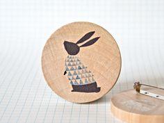 Illustrated wooden brooch - Rabbit