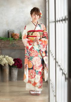 Kimono Japan, Japanese Kimono, Japanese Outfits, Japanese Fashion, Oriental Fashion, Asian Fashion, Geisha, Traditional Dresses, Traditional Art