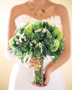 Grüne Brautstraußideen für die Hochzeit | Friedatheres.com