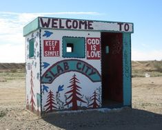Off the grid in Slab City CA