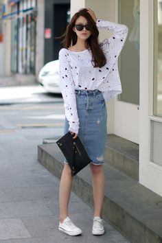 30 Comfy Spring Outfits For Your Everyday Look – Street Style Rocks 30 Comfy Spring Outfits For Your Everyday Look Gorgeous+Denim+Skirt+Outfit+to+Copy+Right+Now+ Fashion Mode, Asian Fashion, Modest Fashion, Look Fashion, Trendy Fashion, Fashion Outfits, Womens Fashion, Fashion Trends, Sneakers Fashion