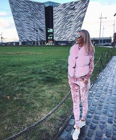 Ostatnia realizacja dla klientki Pink fur ✅www.futrakaribu.pl#fur#furs#furstyle#furvest#furcoat#furstyle#furfashion#luxuryfur#luxuryfurs#pelzmantel#pelzjacke#pelz#pelzmode#МехавРодос#Норки#рысь#Ручнойработымеха#МехавВладивостоке#МехаМосква#Мехшиншиллы#Mexa#Ялюблюмех#luxury#style#fashion#fashionstyle#streetstyle#streetwear#sexylook#sexyfur#luxurystyle