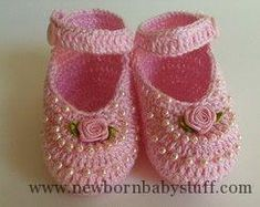 Crochet Baby Booties pink sandal with pearls and mine rosinha ...