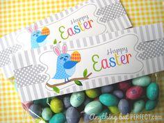 Free printable topper for your Easter treats.  Thinking about a few of these and putting them on various easter snacks then serving in a basket? Works in my head!!!