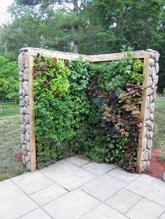 Vous vouliez apporter un peu de créativité à votre jardin ? Ces quelques idées devraient faire l'affaire!Entre recyclage et originalité… Source:www.espacebuzz.com