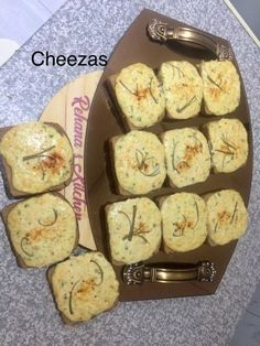 Cheeza With A Twist recipe by Rehana Parak posted on 04 May 2019 . Recipe has a rating of by 2 members and the recipe belongs in the Savouries, Sauces, Ramadhaan, Eid recipes category Jalapeno Sauce, Eid Food, Healthy Meals, Healthy Recipes, Twisted Recipes, Seed Bread, Food Categories, Naan, Burgers