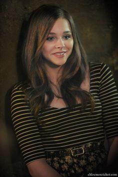 Chloe-Moretz-Angel-If-I-stay-Movie-Still.jpg 1,065×1,600 pixeles